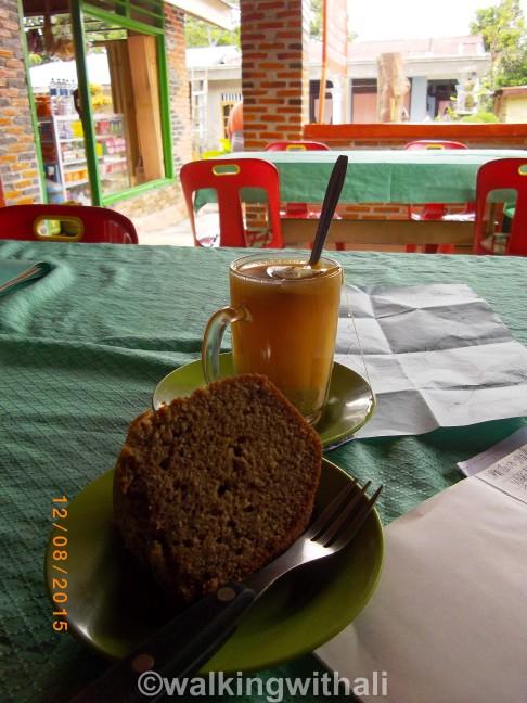 Banana cake and ginger, lemon tea.